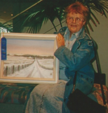 014 - shirley with painting of snowy scene